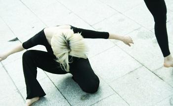 Training de danse contemporaine (professionnels)